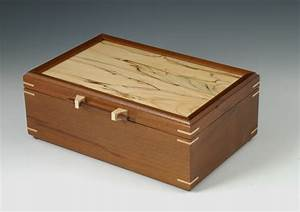 Peruvian Walnut Jewelry Box with Spalted Maple Lid - Wood