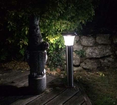 solar powered garden lights tested and reviewed by fred in