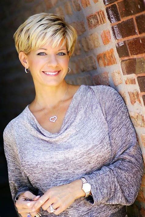 They also help to bring out your eyes. 35 Best Short Haircuts For Women Over 50 With Fine Hair - Bebeautylife