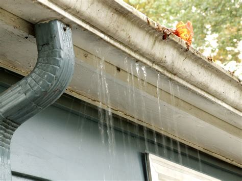 10 Signs It?s Time for a Gutter Replacement