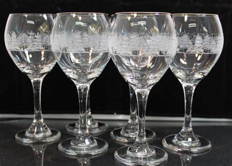 Etched Crystal Stemware Wine Glasses Gold Rim Winter Scene