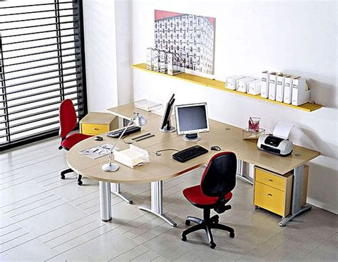 bureau decoration use attractive office decorating ideas for your office