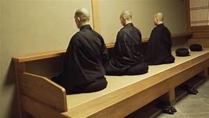 Was Bedeutet Zen : ein deutscher abt im zen kloster wenn du ganz stille sitzt dann geschieht etwas ~ Frokenaadalensverden.com Haus und Dekorationen
