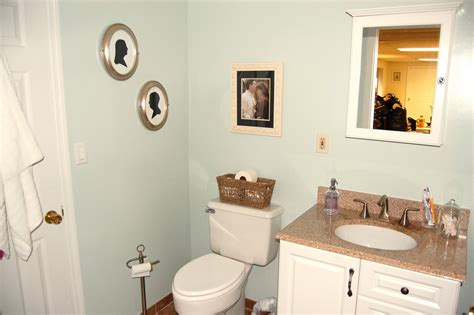 Small Bathroom Decorating Ideas Apartment by Stylish Decorating Apartment Bathroom Small Home