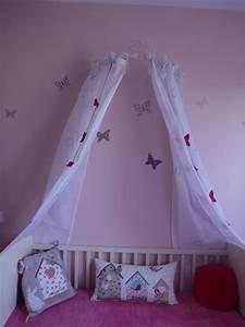 Lit Princesse Pour Fille : une chambre pour ma princesse chez lilypouce ~ Teatrodelosmanantiales.com Idées de Décoration
