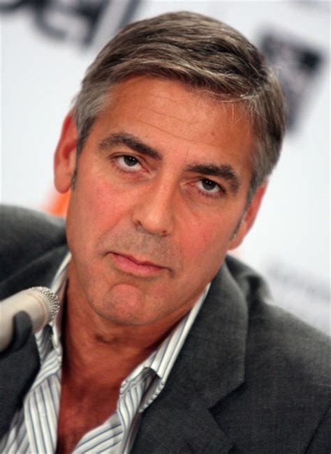 More Pics of George Clooney Short Side Part (3 of 22