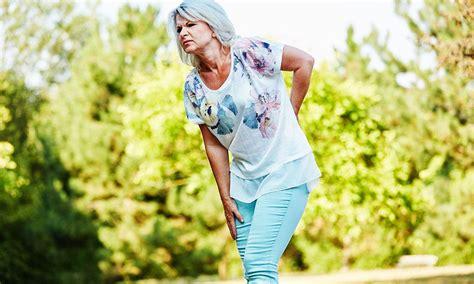 douleur dos cancer quand le mal de dos est un sympt 244 me du cancer du poumon eccocongress