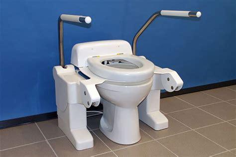 toilet opstahulp specialist in aangepast sanitair pronk ergo