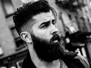 Dégradé Barbe Homme : coupe de cheveux homme look hipster homme coiffure tendance long dessus banane court cot ~ Melissatoandfro.com Idées de Décoration