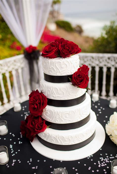 All About Wedding Cakes Craft Wedding Cake Serving Sets