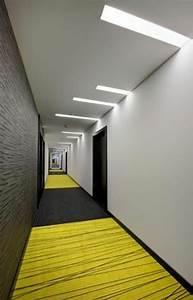 Tapis Jaune Et Noir : tapis de couloir plus de 90 photos pour vous ~ Teatrodelosmanantiales.com Idées de Décoration