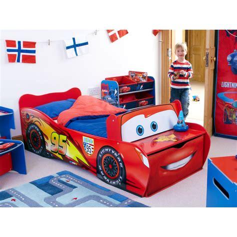chambre flash mcqueen disney cars toddler feature bed lightning mcqueen ebay