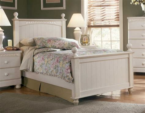 cottage retreat bedroom furniture cottage retreat poster youth bedroom set by signature