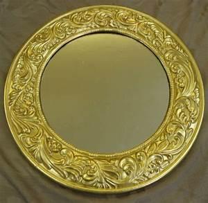 Spiegel Gold Rund : die besten 17 ideen zu spiegel rahmen auf pinterest ein spiegel rahmen badezimmerspiegel und ~ Whattoseeinmadrid.com Haus und Dekorationen