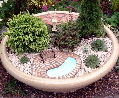 miniature gardens is a way