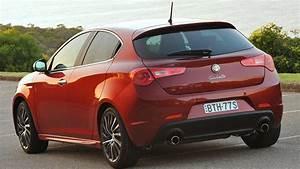 Giulietta Alfa Romeo : alfa romeo giulietta used review 2011 2014 carsguide ~ Gottalentnigeria.com Avis de Voitures