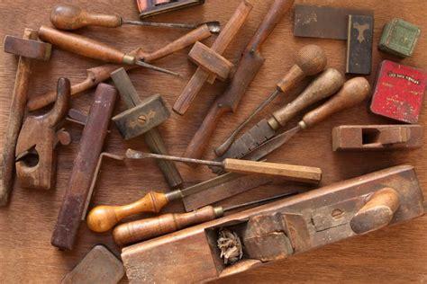 types  finishing carpentry tools