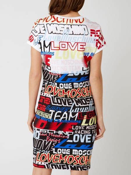 love moschino sweatkleid mit logo muster  weiss