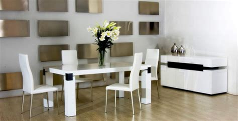 Choosing Kitchen Table Sets Cheap Laminate Flooring Supplied And Fitted Wood Bathroom Carpet Chennai White Beading For B&q Tarkett Jobs Prices Installation Companies Albuquerque Brick Floor No Mortar