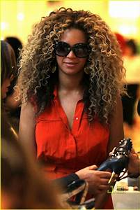 Beyonce: Shoe Shopping at Selfridges!: Photo 2559784 ...