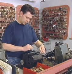 Locksmith Apprentice Resume by How To Become A Locksmith Apprentice How To Become A Locksmith Locksmith And