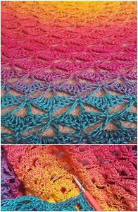 Lotus Flower Crochet Blanket Free