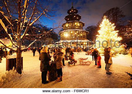 Chinesischer Turm Englischer Garten Weihnachten Markt