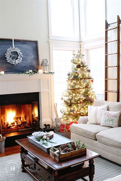 Outdoor Christmas Decorating Ideas Front Porch by Farmhouse Christmas Decorating Home Tour Finding Home Farms