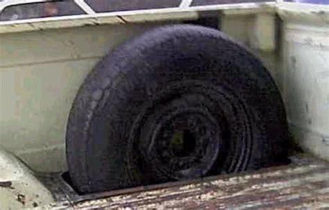 In Bed Fleetside Spare Tire Mount Ideas?