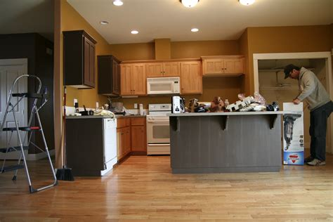 what color should i paint kitchen cabinets what color should i paint my kitchen cabinets all about