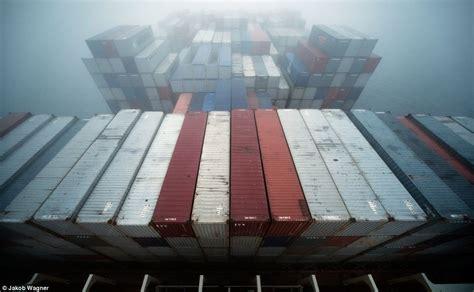 emma maersk revealing  show  gigantic