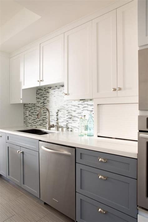 Two Tone Cupboards by Best 25 Two Tone Cabinets Ideas On Two Toned