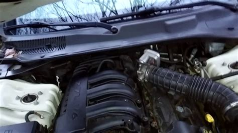 Chrysler 2 7 Water by How Check The Transmission Fluid In A 2008 Chrysler 300 2
