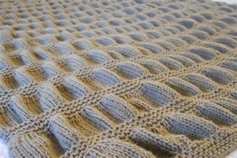 copertina ai ferri lavorare a maglia come fare una copertina per neonato