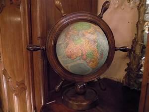 Lampe Globe Terrestre : lampes ~ Teatrodelosmanantiales.com Idées de Décoration