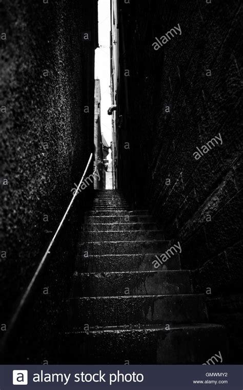 treppe zwischen zwei wänden regen weissenstein stockfotos regen weissenstein bilder alamy