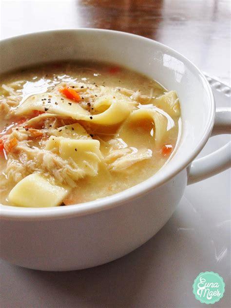 homade chicken noodle soup euna mae s easy homemade chicken noodle soup