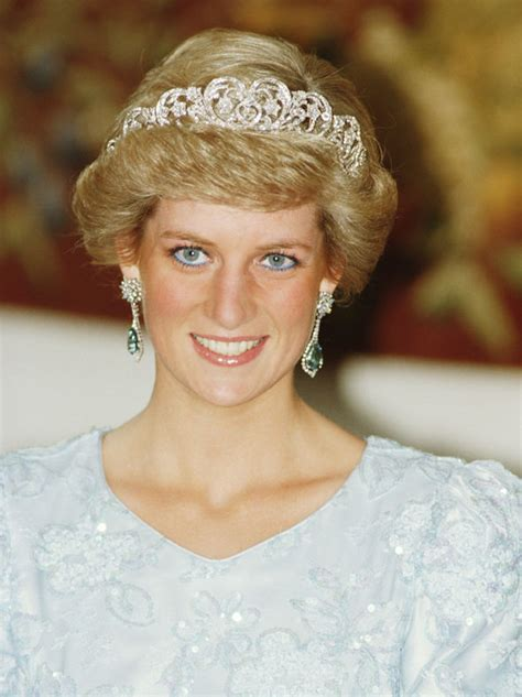 princess diana kirstie allsopp details princess diana s secret note to