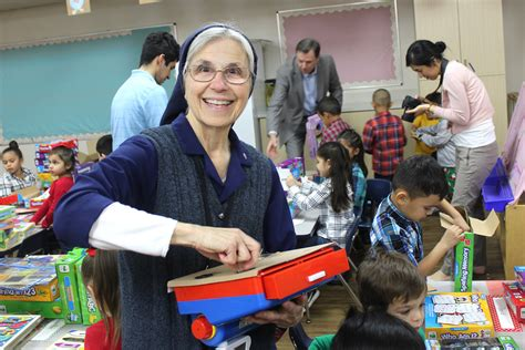 santa comes early for diocesan preschool classrooms the 859 | WEB IMG 0618