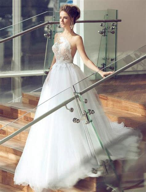 glamorous wedding dresses  incredible elegance