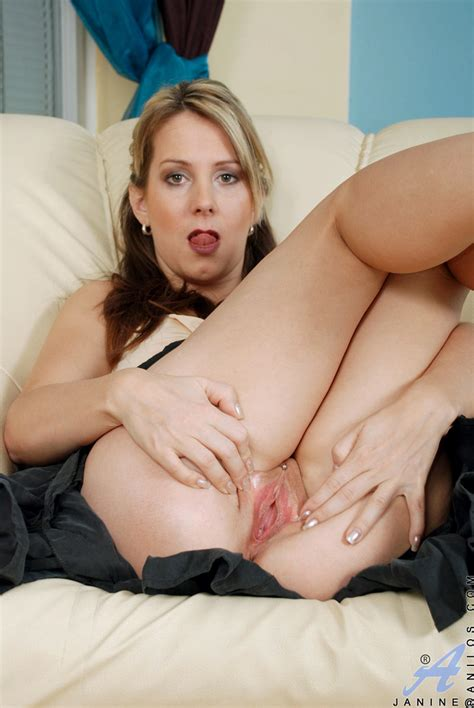freshest mature women on the net featuring anilos janine free milf pic