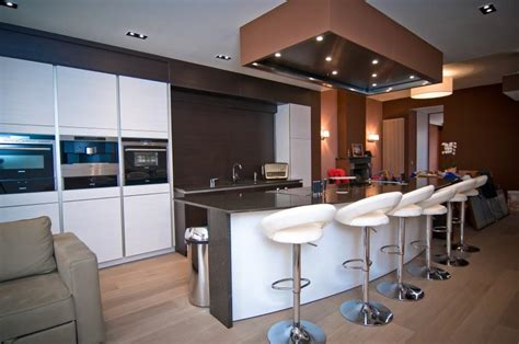 cuisine moderne ilot davaus cuisine equipee moderne avec ilot central