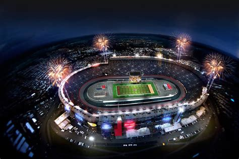 It was constructed in 1960, and held its first nascar race on july 30, 1961. Bristol Motor Speedway to Host College Action - Football Stadium Digest