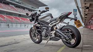 Street Triple 2017 : triumph street triple 2017 price mileage reviews specification gallery overdrive ~ Maxctalentgroup.com Avis de Voitures