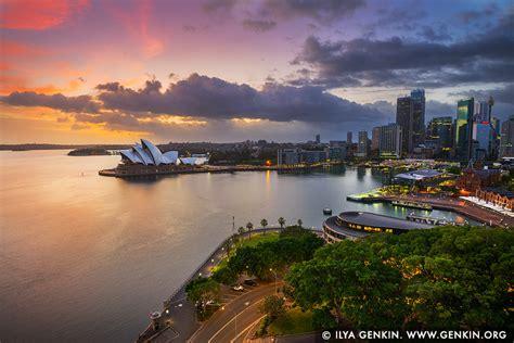 dramatic sunrise  sydney opera house   rocks