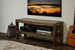 reclaimed pallet barn wood style tv stand presearth With barn style tv console