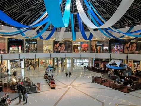 kitchen centre island dubai marina mall shops stores hotel cinema