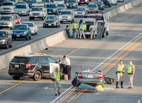 2 Killed In I5 Crash In Irvine That Blocked Lanes For