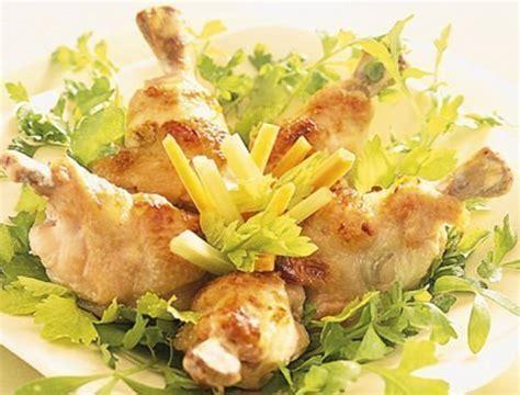 cuisiner le coq manchons de poulet accompagnés de crudités recette