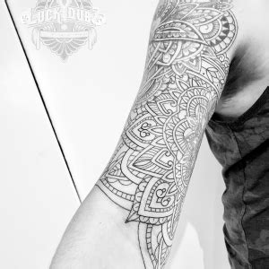 luckydubz collections mehndi bicep mandala wip